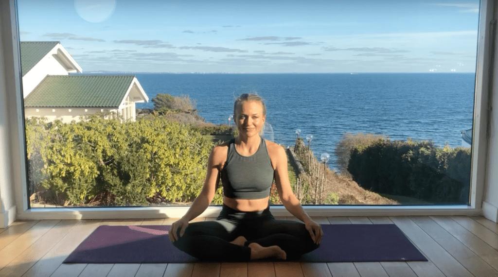 måneflow yoga i 100 dage